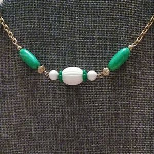 Vintage Gold Tone White and Green Beaded Necklace